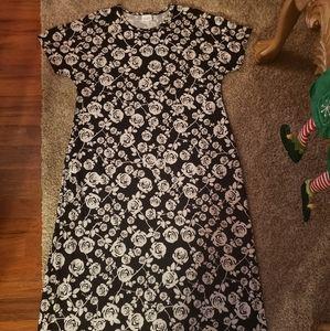 LULAROE BLACK & WHITE DRESS